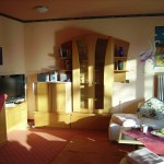 Eden Hotel am Park - Wohnbereich, grosses Sofa, kostenlos TV und WLAN
