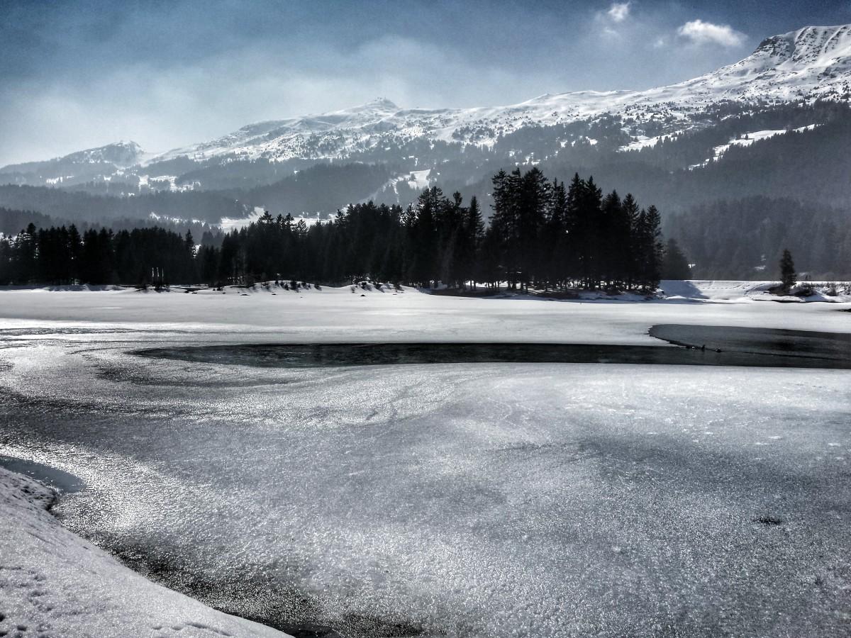 Photo: Heidsee im März, Lenzerheide, Graubünden