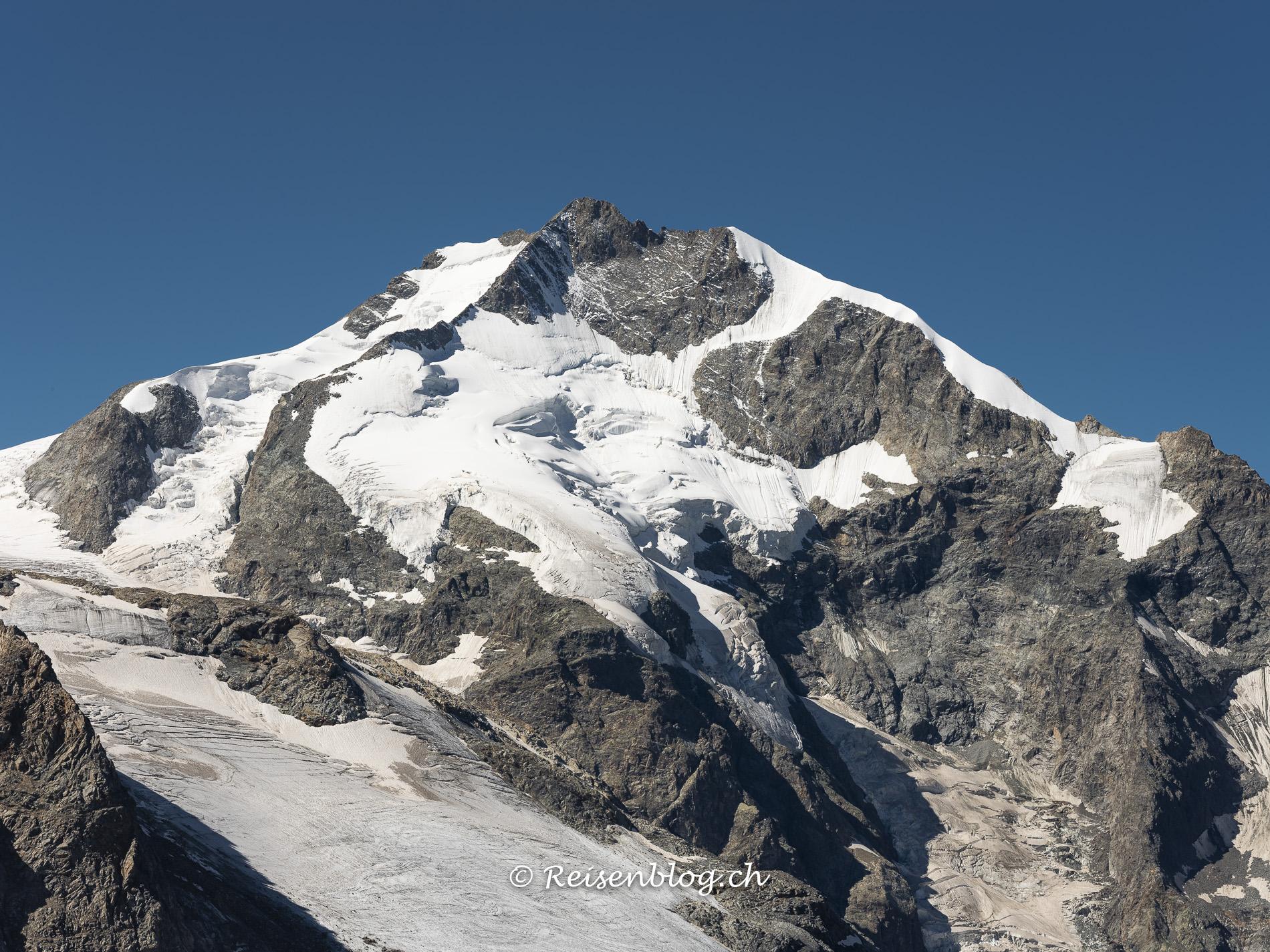 Berge und Gletscher