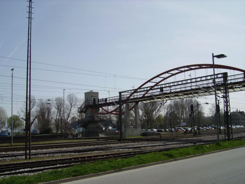 Bahnhof Konstanz, Überquerung für Fussgänger, Einkaufszentrum LAGO