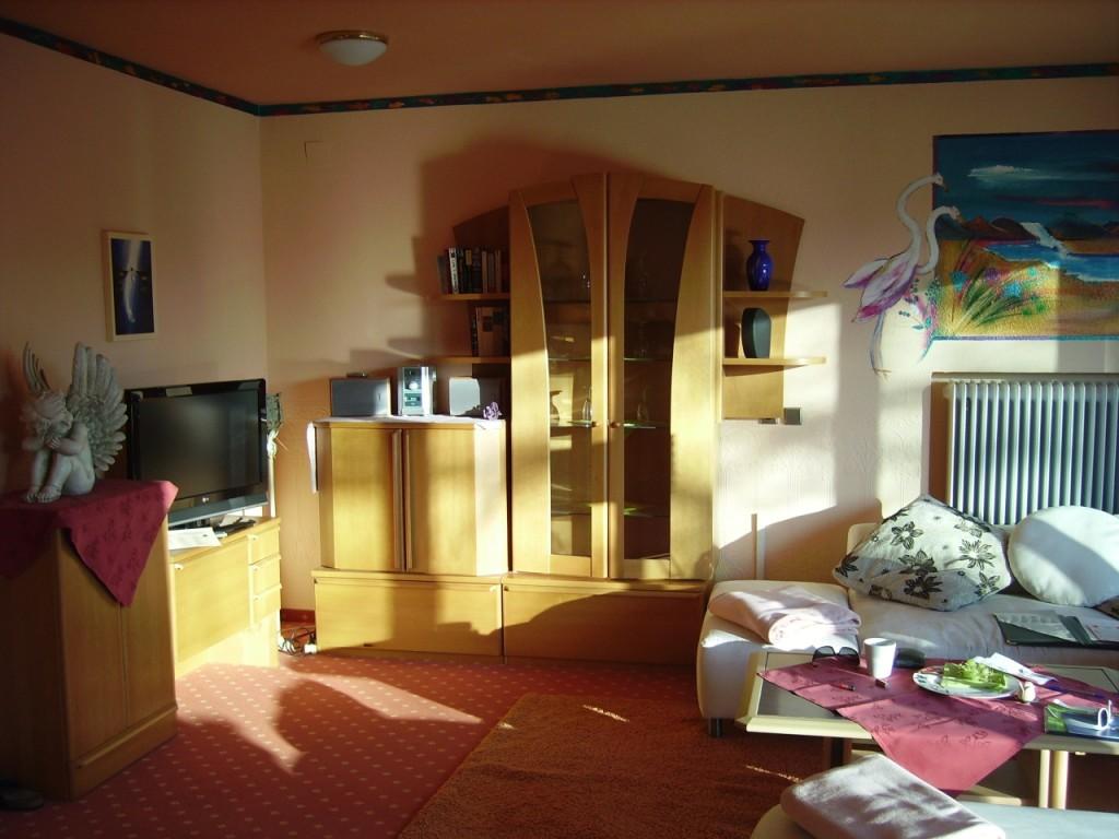 Eden Hotel am Park - Schöner Wohnbereich mit grossem Sofa