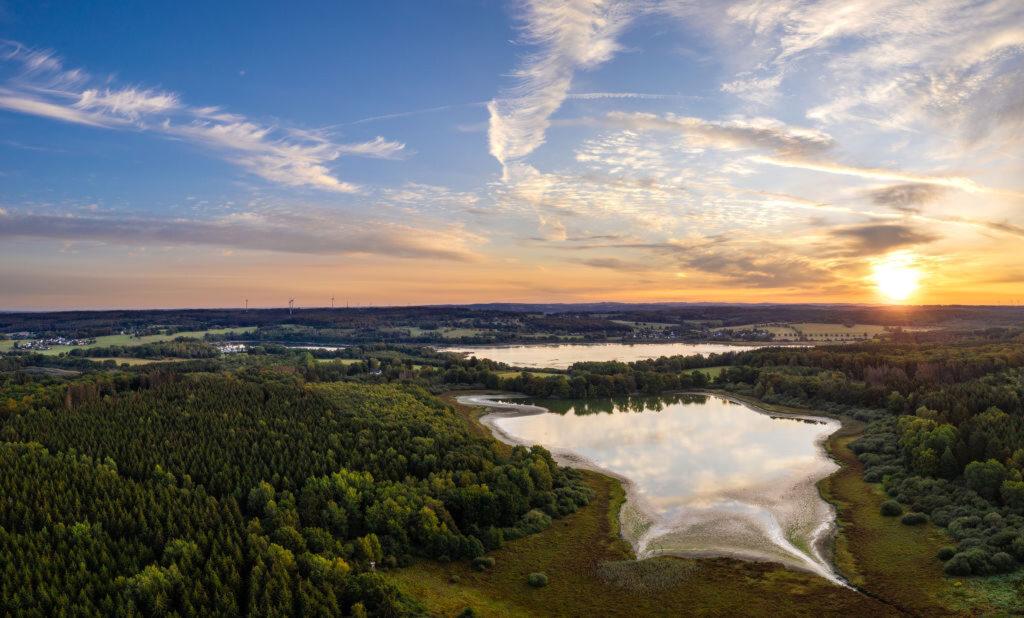 Die Westerwälder Seenplatte mit Blick auf den Haidenweiher